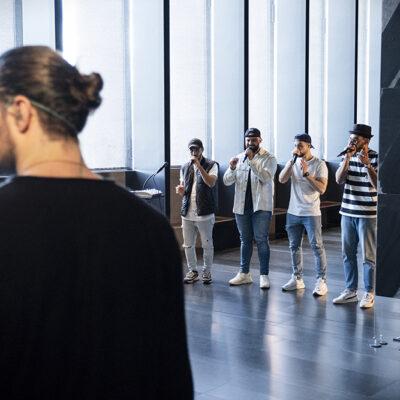 """Tournage Clip Lombre et invités (Berywam, Quatuor Debussy) """"Concert sous les toiles"""" Rodez, Musée Soulages 2021 05 31 ©Fabien Espinasse"""